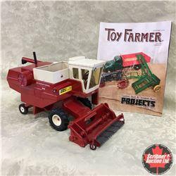 "IH Hydrostatic 915 Combine "" Featured in Toy Farmer Magazine Sep 2016, Custom"" (Scale: 1/20)"
