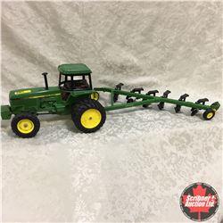 John Deere Tractor & 6 Bottom Plow Combo (Scale: 1/16)