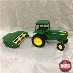 John Deere Tractor & Haybine Combo (Scale: 1/16)