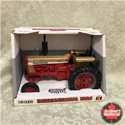 """IH 1026 """"1996 Collectors Edition Gold Demonstrator"""" (Scale: 1/16)"""