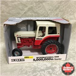 """IH 1066 (5,000,000th Tractor) """"Special Edition Aug 1990"""" (Scale 1/16)"""