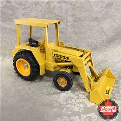 John Deere Industrial Tractor w/Loader (Scale: 1/16)