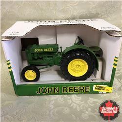 "John Deere ""BO"" Tractor (Scale: 1/16)"