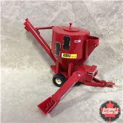 CASE IH Mixer Mill (Scale: 1/16)
