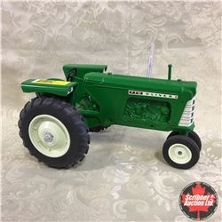 Oliver 770 (Scale: 1/16)