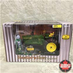 John Deere  Model 4020 Restoration Tractor & Accessories (Scale: 1/16)