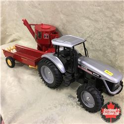 Combo: White 8710 w/New Holland Manure Spreader, IH Mixer  (Scale: 1/16)