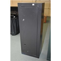 Eight place stamped steel gun cabinet, note lower lock violently removed and no available key
