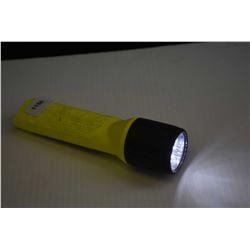 Streamlight 4AA LED flashlight