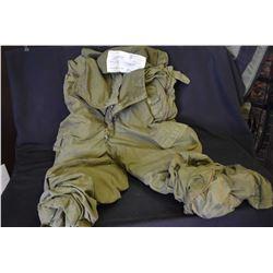 Vintage pair of combat vehicle trousers size Long/X Large