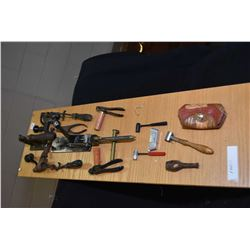 Display board of vintage ammunition loading gear