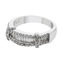 0.81 CTW Diamond Ring 18K White Gold - REF-106R6K