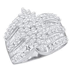 1.02 CTW Diamond Oval-shape Cluster Ring 10KT White Gold - REF-52K4W