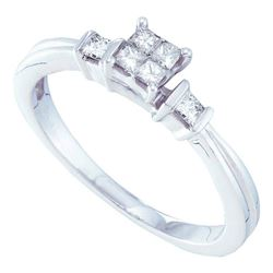 0.25 CTW Princess Diamond Cluster Bridal Engagement Ring 14KT White Gold - REF-40F4N