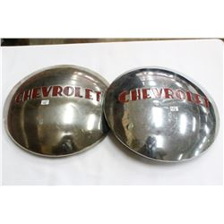2 Chevrolet 'Moon' Hubcaps