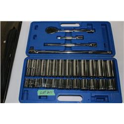 """Westward 1/2"""" Socket Set with Shallow & Deep 12 Point Sockets - Like New Condition (Missing 7/16 Soc"""