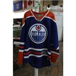 "Official NHL Hockey Jersey ""Oilers"" (No Name)"