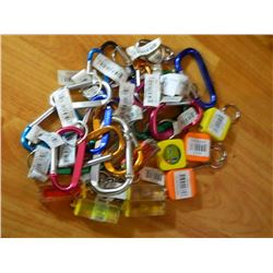 NEW KEY CHAIN HANDY MINI KIT - INCLUDES - 4 MINI TAPE MEASURES(METAL TAPE 3' LONG), 5 MINI LEVELS, 1