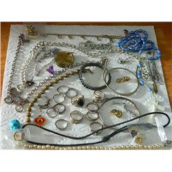 BAG OF ASSORTED JEWELRY - LARGE SELECTION