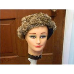 FROM ESTATE - WINTER HAT WITH FUR - HUDSON NORTH & SCARF