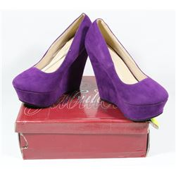 FABULOUS LADY'S PURPLE SIZE 5.5 SHOES, STYLE TRENDY