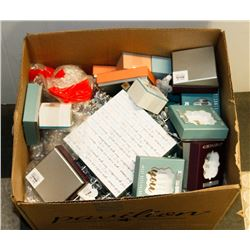 BOX OF ASSORTED INCLUDING TRINKET HOLDERS,