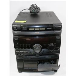 SONY RX70 COMPACT DISC DECK RECEIVER 195 WATT WITH