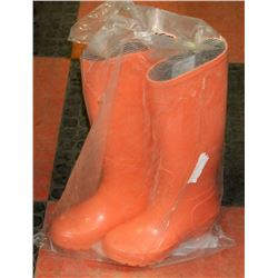 NEW LADIES TARGET SPRING RAIN BOOTS SIZE 6