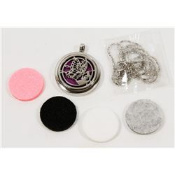 NEW! ESSENTIAL OIL DIFFUSER LOCKET PENDANT SET