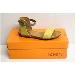 MIZ MOOZ NYC SZ 10 YELLOW ALANIS SANDALS