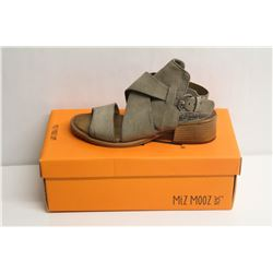 MIZ MOOZ NYC SZ 6.5 TO 7 PEBBLE FIJI SANDALS