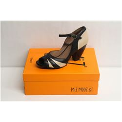 MIZ MOOZ NYC SZ 6 BLACK WEATHERLY PEEP-TOE PUMPS