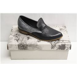SZ 6.5 ELLEN RUBEN BLACK GREY LEATHER LOAFERS