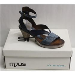 MJUS SZ 8.5 AIR BLU OPEN TOE HEELED SANDAL