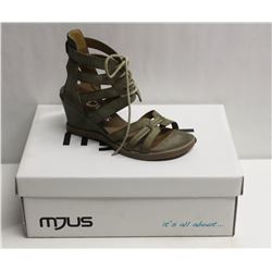 MJUS SZ 6.5 SALVIA OPEN TOE WEDGE SANDALS