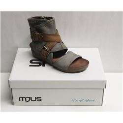 MJUS SZ 7.5 MEDUSA BISCOTTO OPEN TOE WEDGE BOOTIE