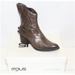 MJUS SZ 9.5 SILICE HEELED BOOT
