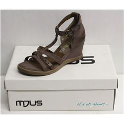 MJUS SZ 6.5 MALVA OPEN TOE WEDGE SANDALS
