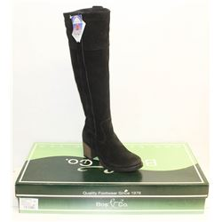 BOS. & CO. SZ 9.5 BLACK HORTON HEELED BOOTS