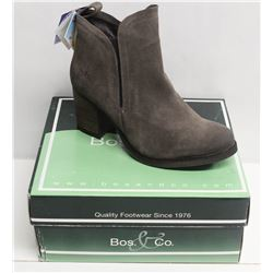 BOS. & CO. SZ 9.5 GREY BELFIELD HEELED ANKLE BOOTS