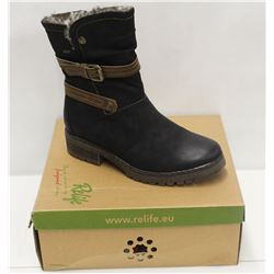 RELIFE SZ 9 BLACK FURLINED BOOTS