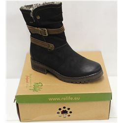 RELIFE SZ 9.5 BLACK FURLINED BOOTS