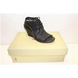 A.S. 98 SZ 6 NERO OPEN TOE WEDGE BOOT