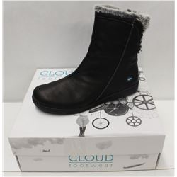 CLOUD SZ 9 BLACK ARYANA WOOL LINED BOOTS