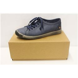 SOFTINOS SZ 8.5 ISLA WASHED LEATHER NAVY LOW TOP