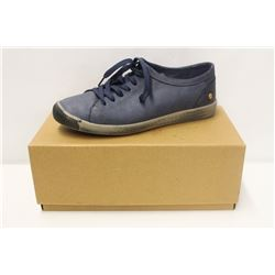 SOFTINOS SZ 9.5 ISLA WASHED LEATHER NAVY LOW TOP