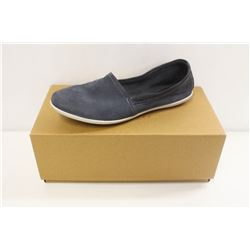 SOFTINOS SZ 6.5 ILMA WASHED LIGTH NAVY FLATS