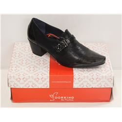 DORKING SZ 7.5 BLACK LOW HEEL COURT SHOES