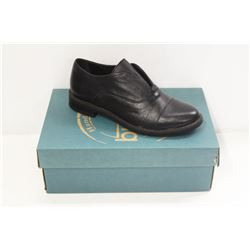 BUENO SZ 9 BLACK LEATHER PATTY SHOES