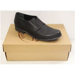 BUENO SZ 6.5 BLACK TOLEDO INA SHOES